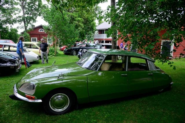 Green Citroën D-model
